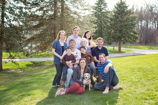 extended family portraits in southeast michigan